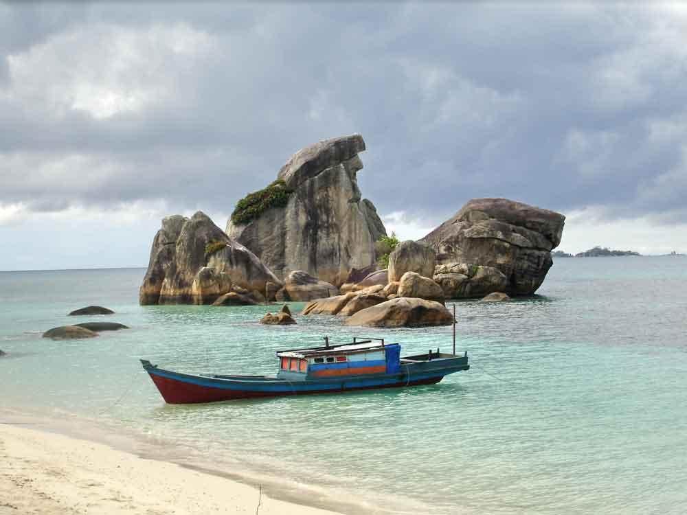 pulau burung belitung burong tour wisata
